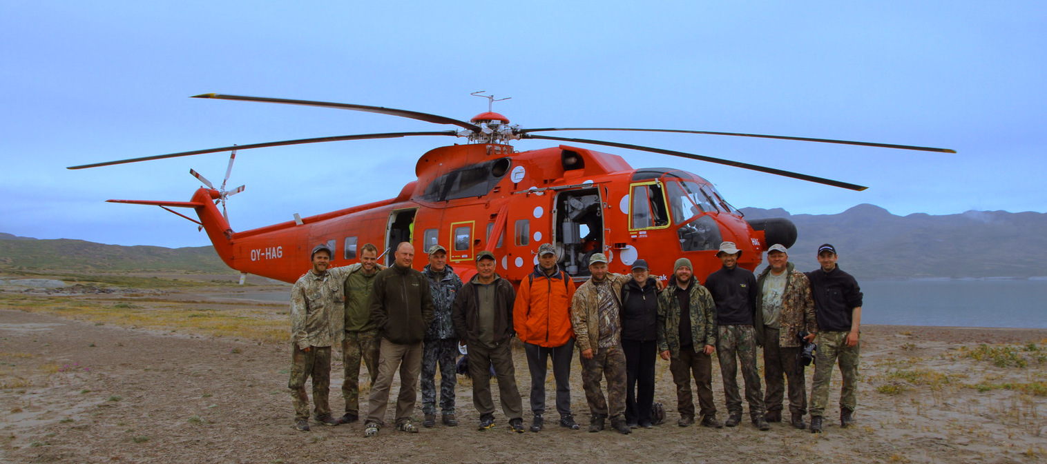 Deer Hunting Outfitter Greenland Crew